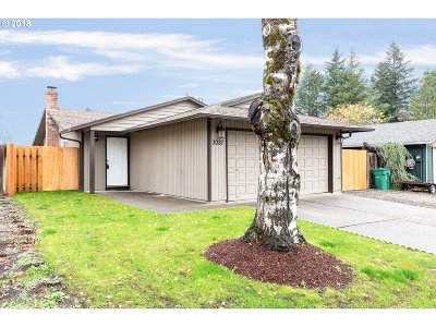 Gresham Single Family Home For Sale: 3087 SW 16th Cir