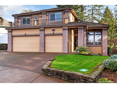 West Linn Single Family Home For Sale: 3857 Fairhaven Dr