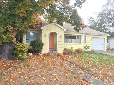 Yamhill County Multi Family Home Pending: 537 SW Fellows St