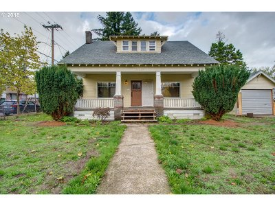 Portland Single Family Home For Sale: 13007 SE Division St