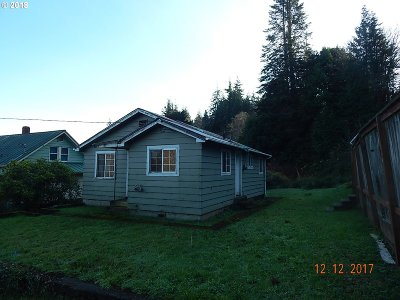 Coos Bay Single Family Home For Sale: 93748 Lorain Rd