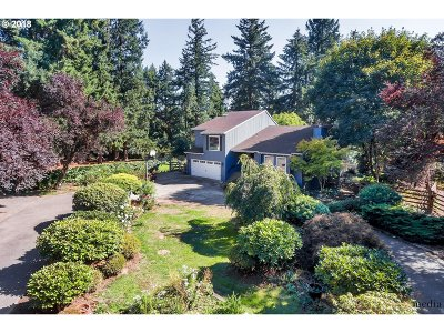West Linn Single Family Home For Sale: 20560 Fernview Rd