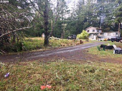 Coos Bay Single Family Home For Sale: 62134 Salal Rd