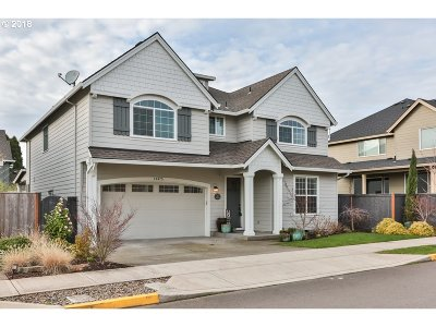 Clackamas Single Family Home For Sale: 14475 SE Arbor Valley Dr