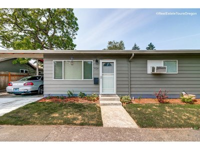 Portland OR Multi Family Home For Sale: $480,000