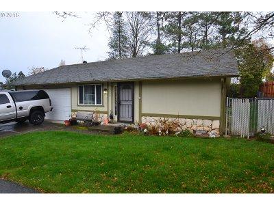 Gresham Single Family Home For Sale: 3850 SE 6th St