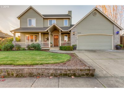McMinnville Single Family Home For Sale: 3203 NE Lucas Dr