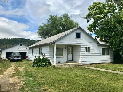 Sutherlin Single Family Home For Sale: 551 Glen Ave