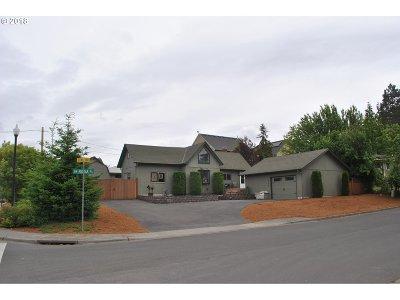 Beaverton, Aloha Single Family Home For Sale: 5620 SW Rosa Pl