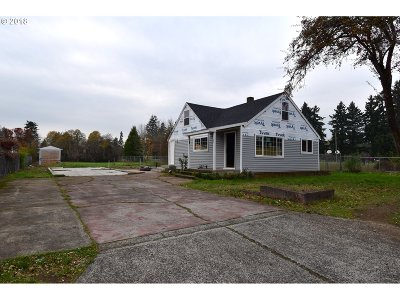 Single Family Home For Sale: 5025 SE 118th Ave