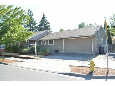 Sherwood Single Family Home For Sale: 22907 SW Main St