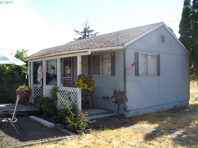 Junction City Single Family Home For Sale: 427 2nd Ave
