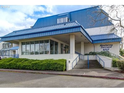 Happy Valley, Clackamas Condo/Townhouse For Sale: 8717 SE Monterey Ave #106
