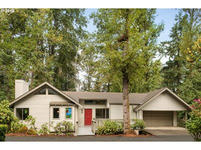 Multnomah County Single Family Home For Sale: 9709 SW Quail Post Rd