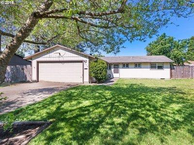 Hillsboro OR Single Family Home For Sale: $299,000