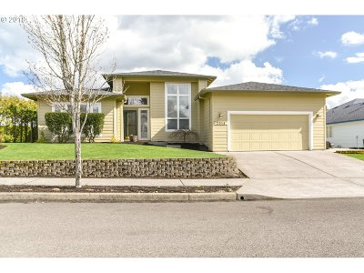 Troutdale Single Family Home For Sale: 2014 SW Sunrise Cir
