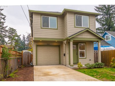 Clackamas County Single Family Home For Sale: 9507 SE 65th Ave