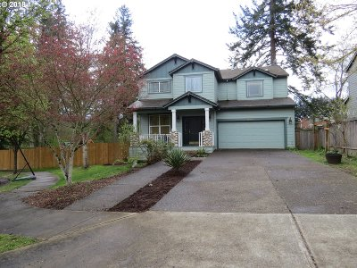 Oregon City Single Family Home For Sale: 19453 Provisioner Ct