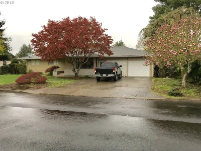 Canby Single Family Home For Sale: 896 NW 12th Ave