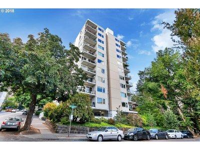 Condo/Townhouse For Sale: 2211 SW Park Pl #604