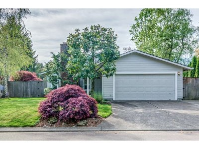 Wilsonville Single Family Home For Sale: 10200 SW Bryton Ct