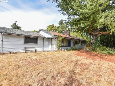 Portland Single Family Home For Sale: 4235 SE 100th Ave