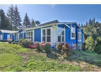 Coquille OR Single Family Home For Sale: $310,000