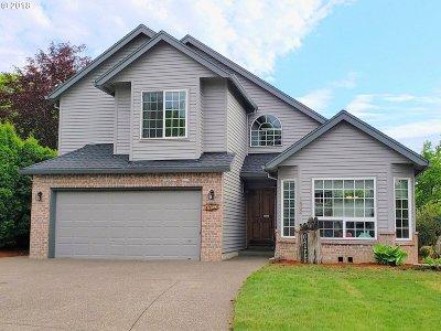 Hillsboro Single Family Home For Sale: 1462 SE 49th Ct
