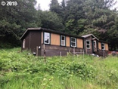 Port Orford Single Family Home For Sale: 93694 Elk River Rd