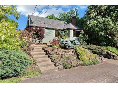 Single Family Home For Sale: 616 SE 68th Ave