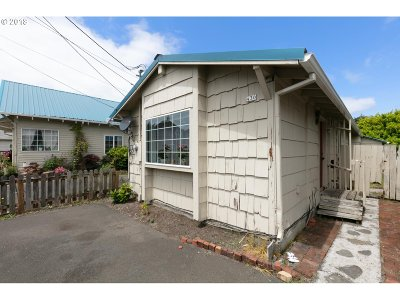 Seaside Single Family Home For Sale: 436 11th Ave