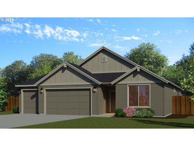 Canby Single Family Home Pending: 2104 SE 11th Pl #Lot39