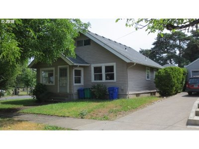 Portland Single Family Home For Sale: 3438 NE 54th Ave