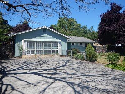 Vancouver Single Family Home For Sale: 8600 NE Pierce Dr
