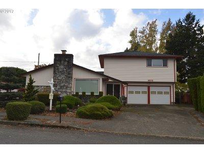 Portland Single Family Home For Sale: 3603 NE 133rd Ave