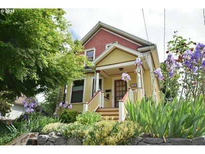 Portland Single Family Home For Sale: 728 SE 30th Ave