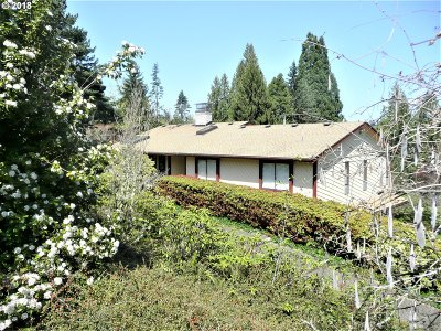 Gresham Single Family Home For Sale: 32302 SE Oxbow Dr
