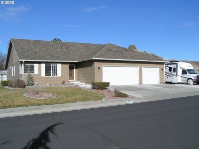 Hermiston Single Family Home For Sale: 908 W Hartley Ave
