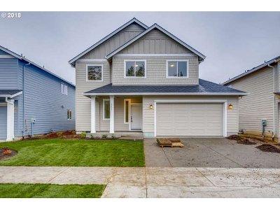 Gresham Single Family Home For Sale: 4627 SE 28th Ter