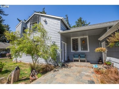 Coos Bay Single Family Home For Sale: 91223 Cape Arago