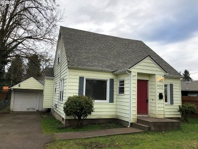 Woodburn Single Family Home For Sale: 624 Church St