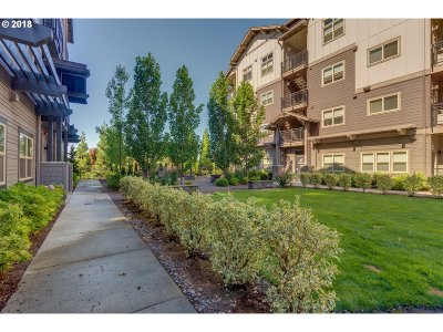 Beaverton Condo/Townhouse For Sale: 13885 SW Meridian St #416