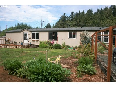 Gold Beach Single Family Home For Sale: 29510 Broadway