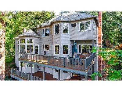 Single Family Home For Sale: 1949 Cedar Ct