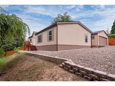 Aurora Single Family Home For Sale: 11575 Bunting Ln