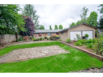 Canby Single Family Home For Sale: 570 NE 15th Ave