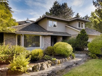 Portland Single Family Home For Sale: 14280 NW Harvest Ln