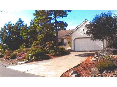 Single Family Home Sold: 35 Spyglass Ln