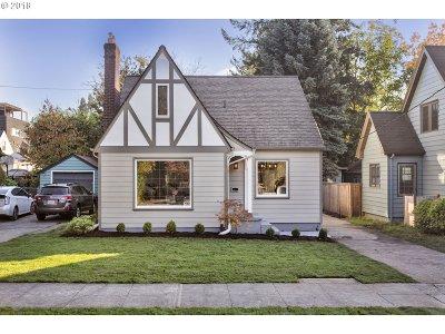 Single Family Home For Sale: 3714 SE Franklin St