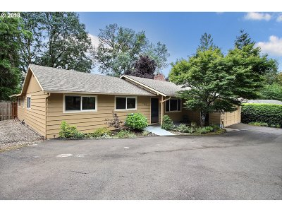 Tigard Single Family Home For Sale: 7160 SW Taylors Ferry Rd